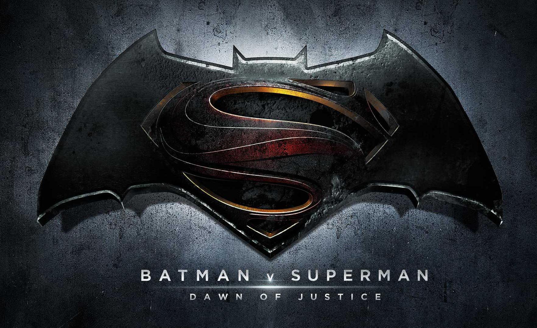 Perché Batman v Superman fa male ai cinecomics
