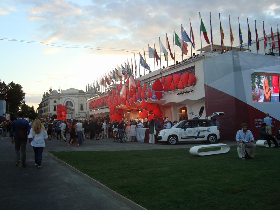 Vuoi andare al Festival di Venezia? Comincia a muoverti. Ora.
