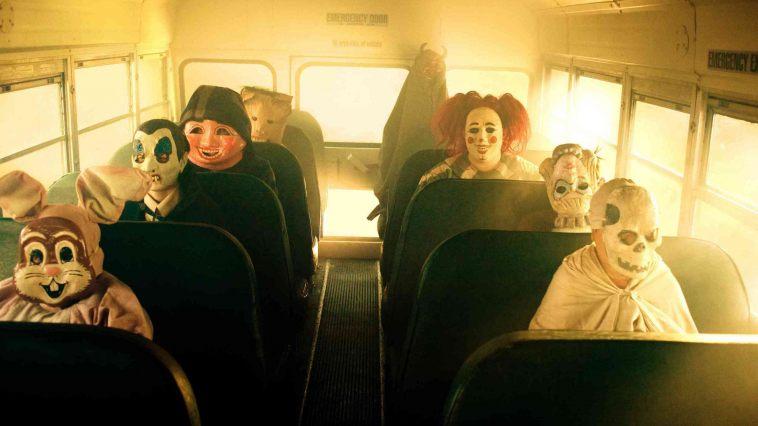 horro-movie-wishlist-trick-r-treat-horror-movies-9157634-2560-1706_758_426_81_s_c1
