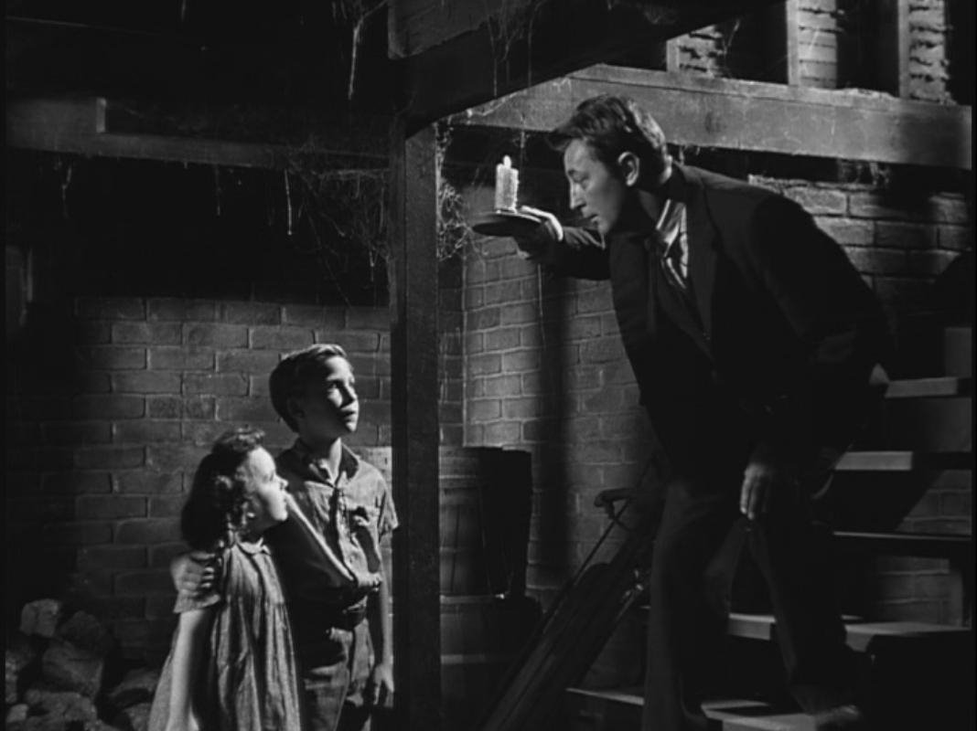 La morte corre sul fiume: nel 1955 Charles Laughton dirige un thriller intramontabile