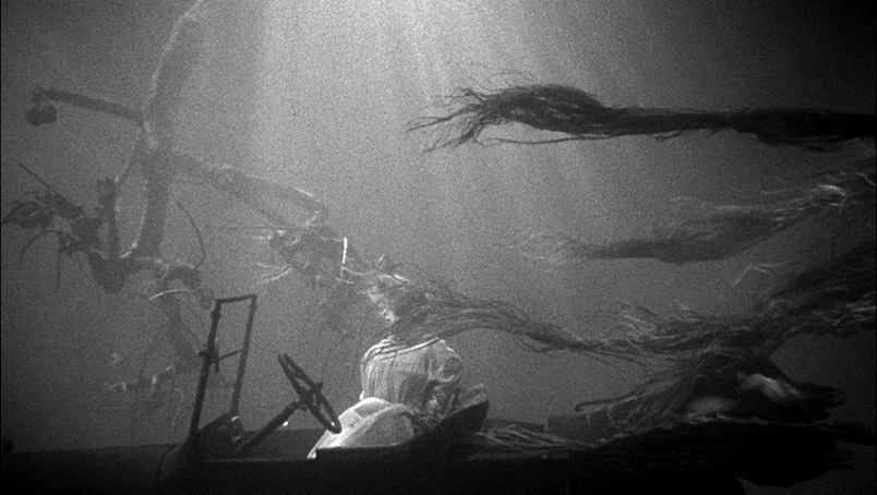 the-night-of-the-hunter-haunting.jpg